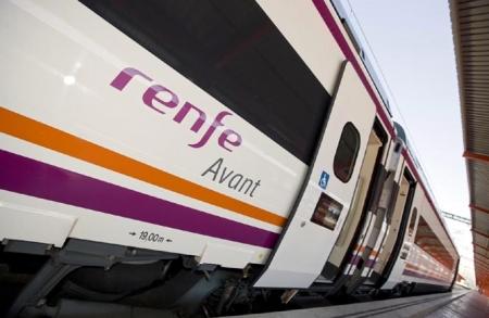 El tren a Sevilla y Málaga llegará en el último cuatrimestre del año (RENFE)