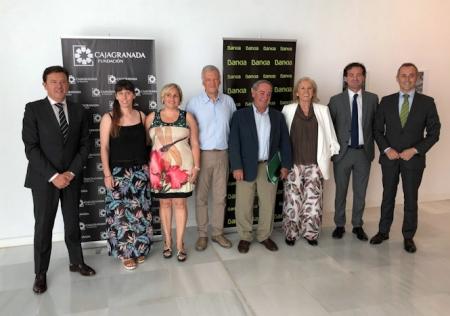 Foto de Familia tras la firma del convenio (CAJAGRANADA FUNDACIÓN)