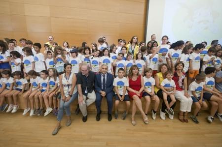 Foto de familia de los participantes en el tercer turno de `Verano con Ciencia` (PARQUE DE LAS CIENCIAS)