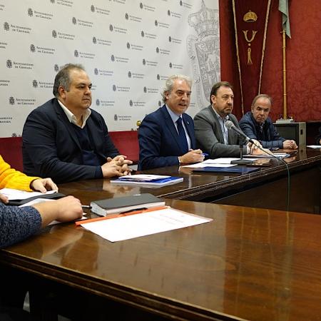 Presentación en el Ayuntamiento de Granada (JAVIER ALGARRA)