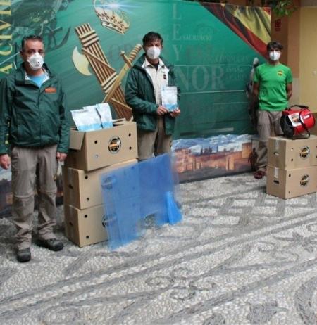 La AGCS dona 5.000 mascarillas a la Comandancia de Granada (ASOCIACIÓN DE GUARDIAS CIVILES SOLIDARIOS)