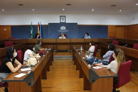 Reunión de la mesa por las Familias de Motril (AYTO. MOTRIL)